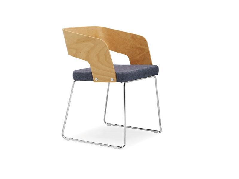 Cadeira Reunião 58